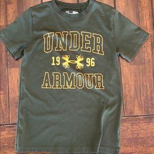 Boys under armour tee